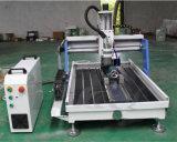 Kleiner CNC-Fräser 6090 mit dem 4 Mittellinien-Drehsystem