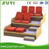 강당 의자 Jy-768f를 가진 아주 새로운 철회 가능한 착석 휴대용 Bleacher