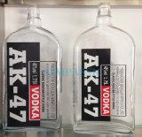 Liquore/alcoolici/bottiglia di vetro della vodka/whisky/rum/brandy/vino con la radura ed il vetro di colore