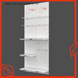 ホックが付いているSlatwallのアクセサリのパネルかSlatwallの陳列台またはパネル