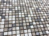 小さいチップ自然な大理石の石造りのモザイク・タイル