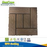証明書のセリウムとの木製のプラスチック合成台地の庭のタイルDIYのDecking、ISO、SGS
