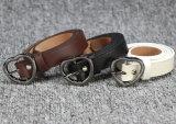 工場合金のバックルの女性の革靴の革ベルト