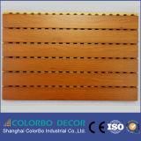 Painel acústico de madeira Grooved interno do Anti-Incêndio