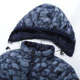 Parka impermeabile leggero del cappotto del camuffamento del pesce palla di inverno del Mens con i trasduttori auricolari