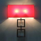 Aplique rojo cuadrado moderno interior de la pared del tubo de la tela y del metal