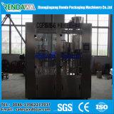 De Machine van het Flessenvullen van het mineraalwater/de Kleine Bottelmachine van het Water