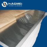 Piatto di alluminio della lavorazione con utensili