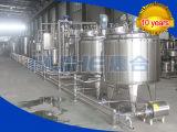 기계를 만드는 콩 우유 제작자