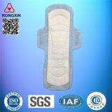 Serviettes hygiéniques menstruelles femelles remplaçables de coton