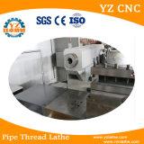 Резьбы трубы вырезывания на автоматической машине Lathe CNC