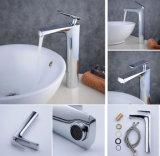 Hohe Art-materieller einzelner Griff-Badezimmer-Bassin-Messinghahn für gesundheitliche Waren