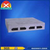 L'extrusion de profilés en aluminium fin dissipateur de chaleur pour UPS