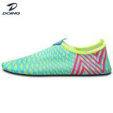 Novo Produto Praia Flexível Aqua Pele Sport mulheres sapatos de Água