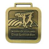 Dia la fundición de metal personalizados Mayoreo barato correr la maratón de la medalla de deportes