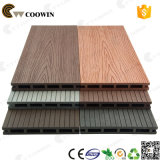 Plancher de bois en plastique recyclé