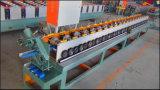 Rolo do parafuso prisioneiro do metal que dá forma à máquina