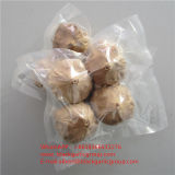 Des aliments de santé de l'ail noir de l'ail blanc pur