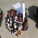 Harte alleinige preiswerte verwendete Mann-Schuhe