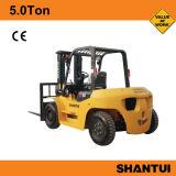 中国のShantuiのフォークリフト5トン