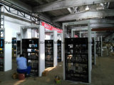 A Estação da Bomba de Combustível - Distribuidor