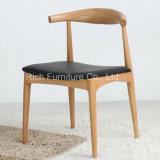 Réplica Hans J. Wegner Cadeira de cotovelo (Cadeira de jantar em madeira)