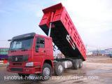 덤프 트럭 8*4 팁 주는 사람 트럭