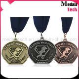 Médailles faites sur commande bon marché coupées directes en métal de noir de teinture de vente d'usine
