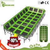 Parque de interior profesional modificado para requisitos particulares interesante de salto del trampolín