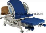 Krankenhaus-Bett. Krankenhaus-Möbel. Betriebstisch, medizinisches Bett (E-2)