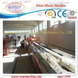 Perfil do indicador e da porta do PVC que faz a maquinaria
