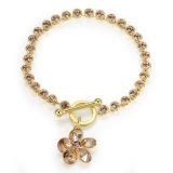 Bracelet en cristal fait sur commande de charme de bijou de mode d'or du charme 18K de fleur