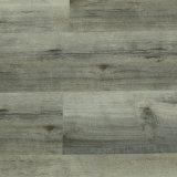 Un revêtement de sol en plastique des planches de plancher en vinyle PVC