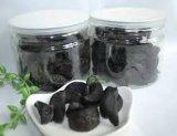 Clous de girofle d'ail noirs enlevés par santé pour culinaire