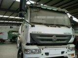販売のための中国のShacmanのトラックの燃料タンクのサイズの輸送オイル