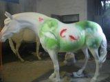 Kundenspezifische Fiberglasgnome-Statue mit altem Lack
