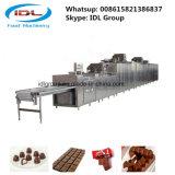 チョコレートの異なった種類を作るためのフルオートマチックチョコレート装置