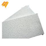 Textura de arena blanca y el techo falso techo acústico de lana mineral)