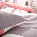 Fundamento simples bonito do poliéster das colchas de Microfiber de matéria têxtil Home moderna