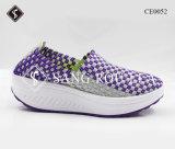 Wedgy Heel Women Weave Sapatos esportivos com PU Sole