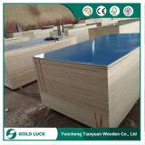 madera contrachapada revestida plástica pegada WBP de 18m m PP para el encofrado concreto