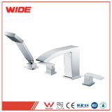 La porcelaine sanitaire sans plomb Amérique Cupc Style Poignées double robinet du bassin de 4 pouces (Eris série)