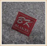 Einfacher Entwurfs-Schwarz-Hemd gesponnene Kennsätze mit kundenspezifischem Firmenzeichen