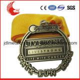 La vendita diretta della fabbrica ha perforato le medaglie con il contenitore poco costoso di medaglia
