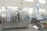 Máquina de rellenar automática llena del agua mineral para la botella del plástico de 500ml 1000ml 1500ml 2000ml