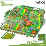 中国の熱い販売の屋内運動場は屋内上昇の運動場屋内装置をからかう