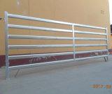 Panneaux bon marché galvanisés de corral de moutons de chèvre de fournisseur d'usine