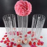 La cerimonia nuziale di qualità buona favorisce a Centerpeices il basamento di fiore ed il candeliere di cristallo per la decorazione del partito