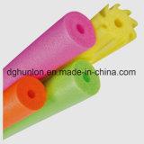 Tubes de mousse pour les accessoires de flottement de jouet de piscine