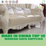 贅沢なヨーロッパの高貴なイタリアの革チェスターフィールドの居間のソファー